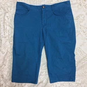 Dockers 12 BLUE Khaki Capri Pants EUC